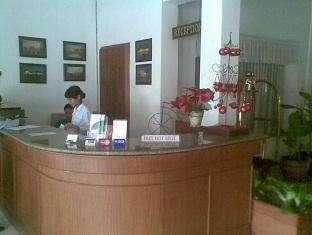 Hotel Trio Indah 1 Malang - Resepsionis