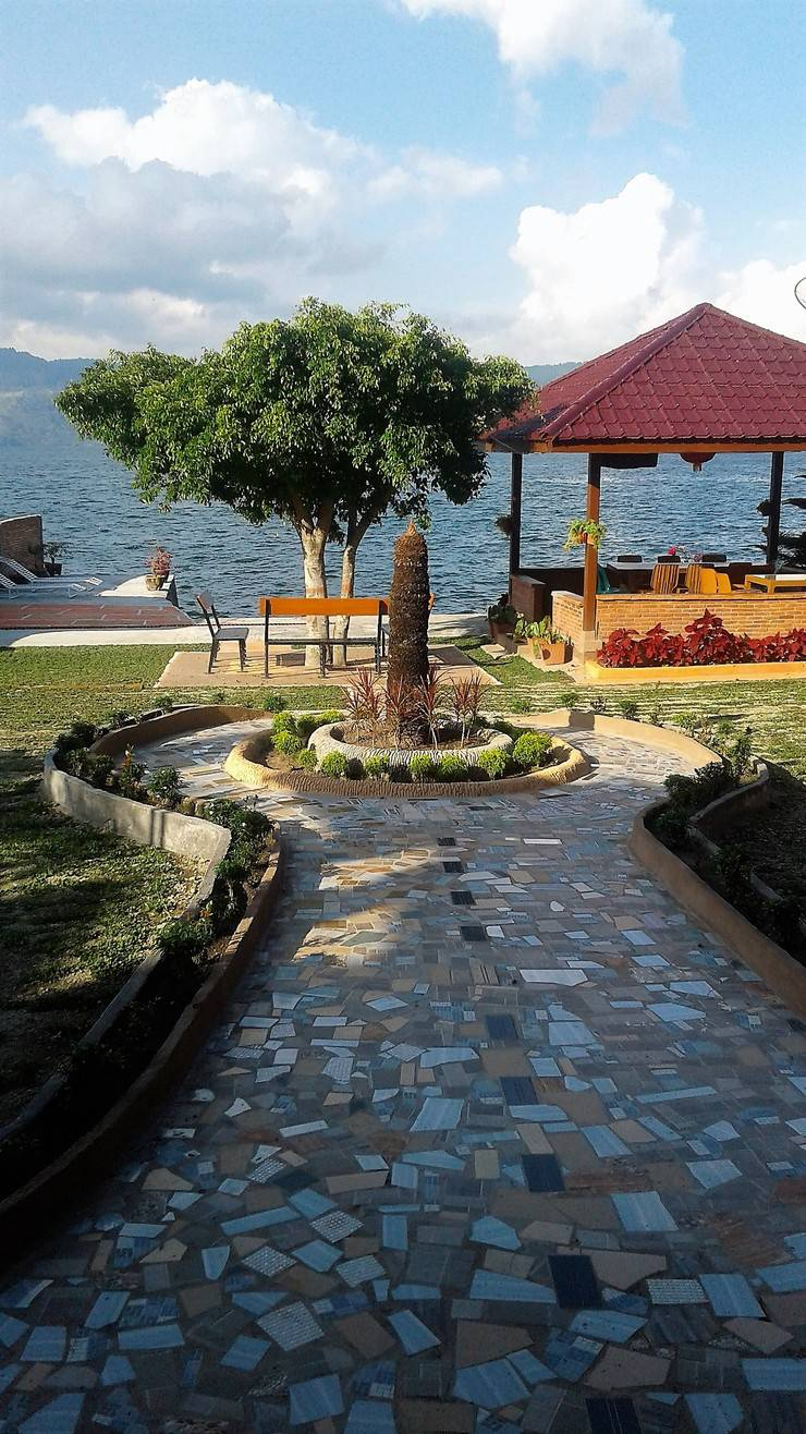 Tamado Cottages Samosir - TAMAN TAMADO COTTAGES