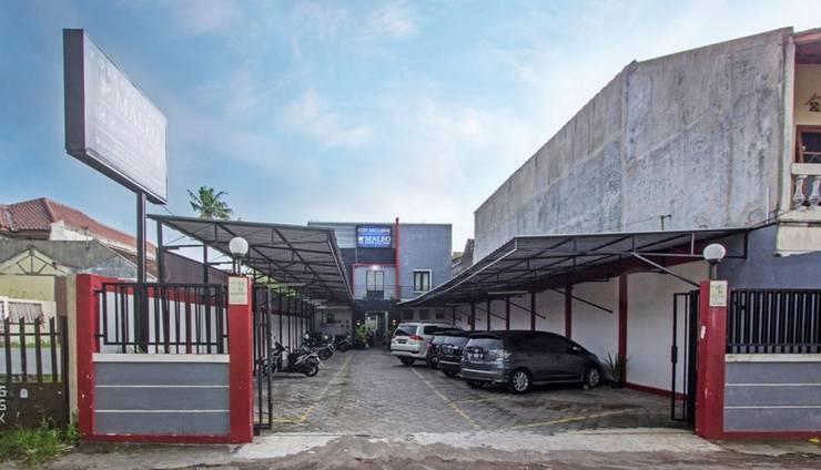 RedDoorz near Universitas Negeri Yogyakarta 2 - Exterior