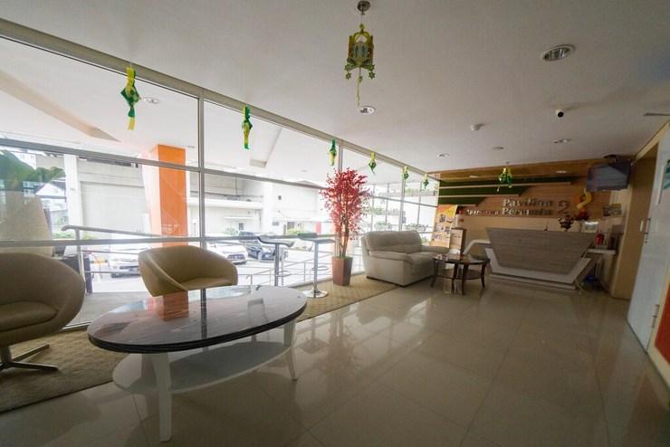 RedDoorz Apartment near Bundaran Satelit Surabaya Surabaya - Photo