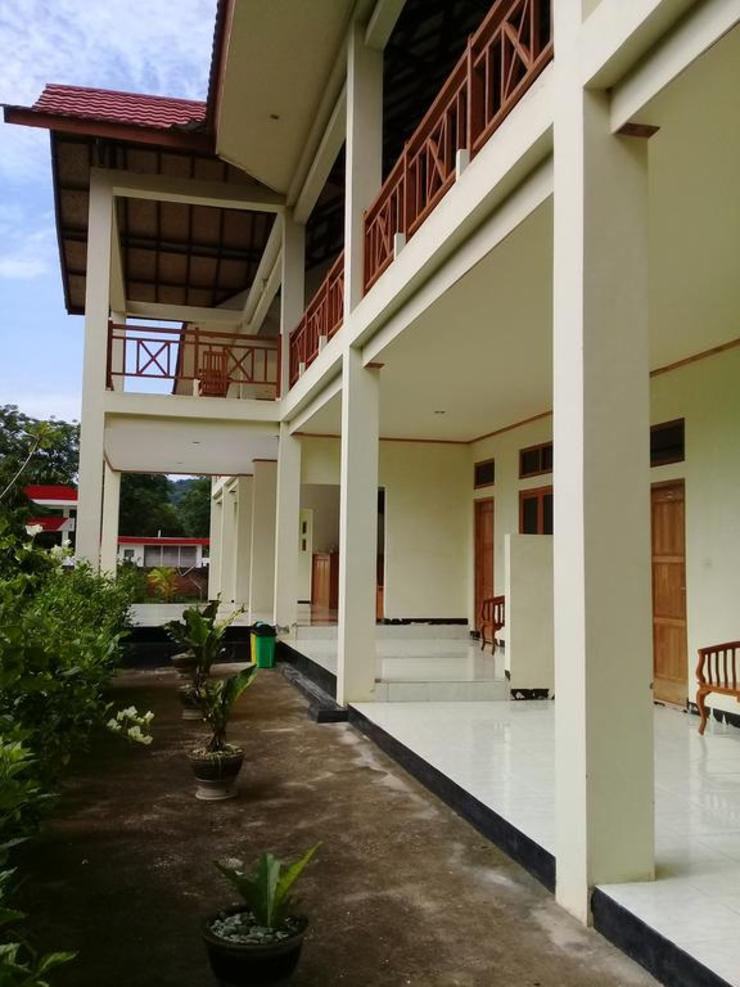 La Belle Etoile Hotel Manggarai Barat - Exterior