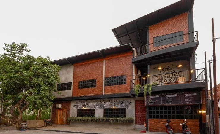Reddoorz Hanoman Raya Semarang -