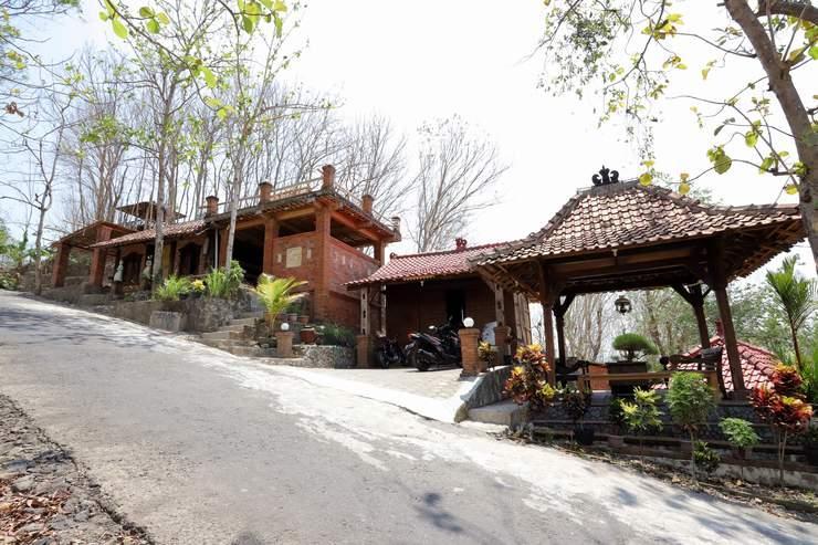 Watu Lumbung Culture Resort Yogyakarta - Family Room