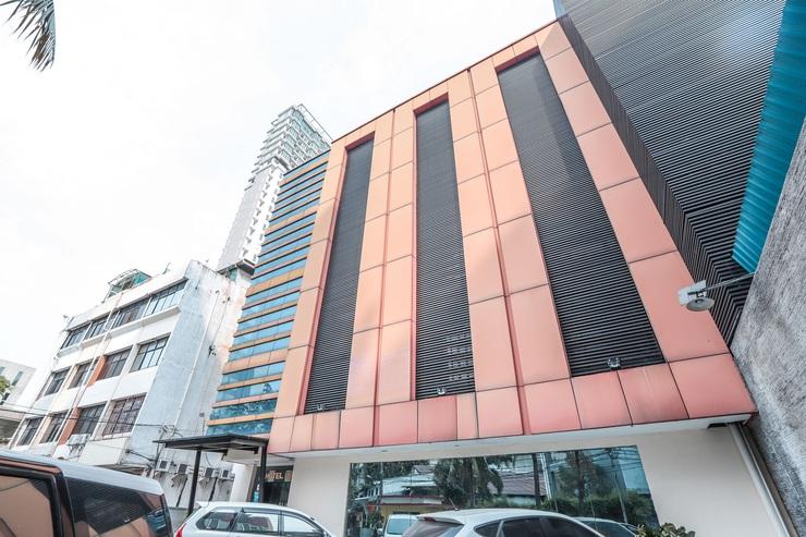 Hotel Mirah Jakarta - FACADE