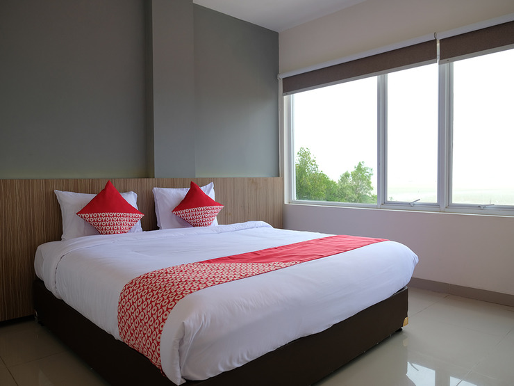 OYO 1047 The Holiday Guest House Belitung - Suite Dbl