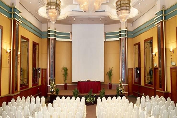 Lumire Hotel Jakarta - Ruang Rapat