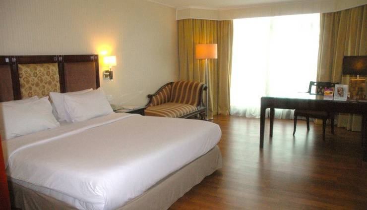 Lumire Hotel Jakarta - Kamar Deluxe King
