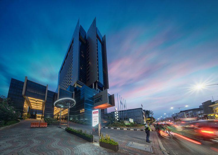 Merlynn Park Hotel Jakarta - Exterior View