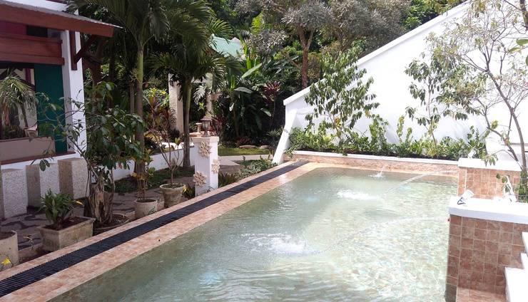 Villa Family Hotel Gradia Malang - Kolam renang anak air panas