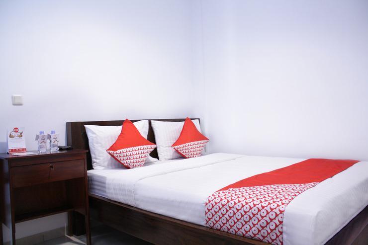 OYO 245 Juana 21 Jakarta - BEDROOM
