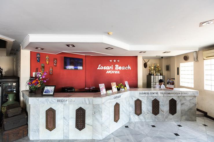RedDoorz Plus @ Losari Beach Hotel Makassar - Photo
