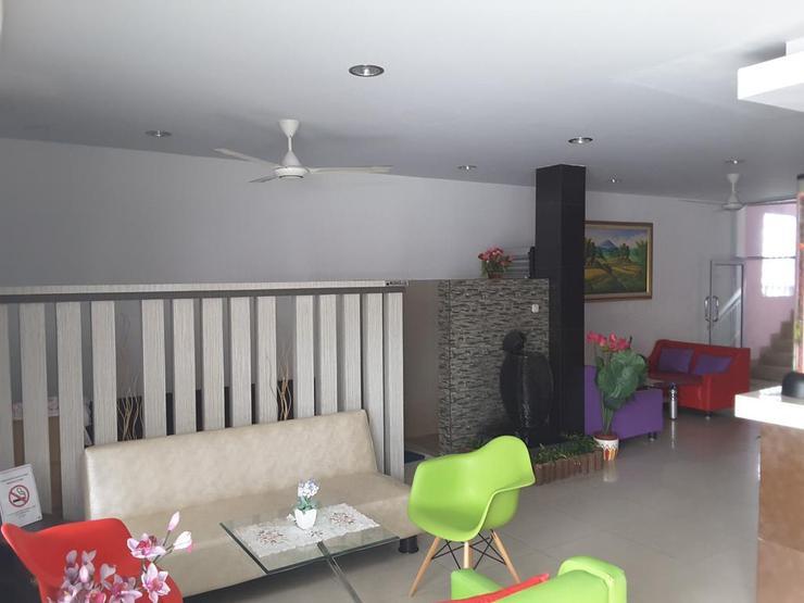 Hasanah Guest House Pekanbaru - Exterior