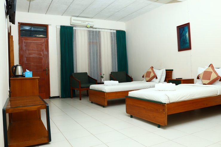 Hotel Tiara Rex Garut - Room