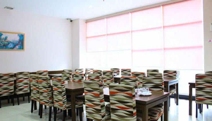 ZEN Rooms Pandang Raya Makassar - Restoran