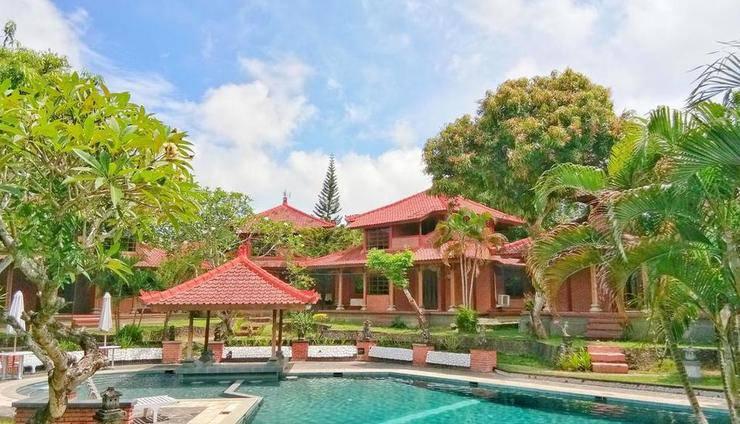 Pusri Nusa Dua Bali - Kolam Renang dan bangunan
