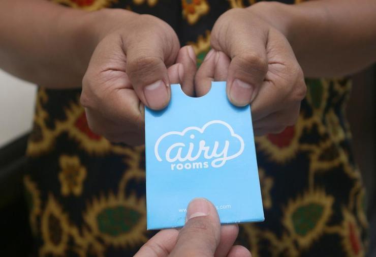Airy Eco Syariah Pontianak Tenggara Imam Bonjol Gang Pandu 3A - Receptionist
