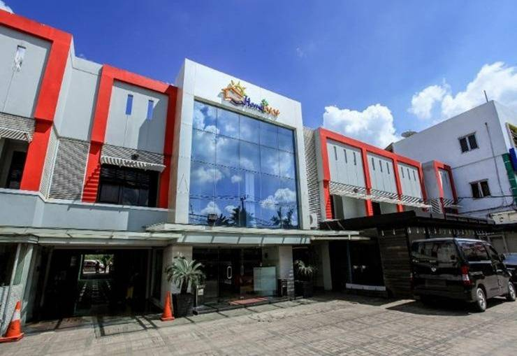Seven Nite Inn Palembang - Eksterior
