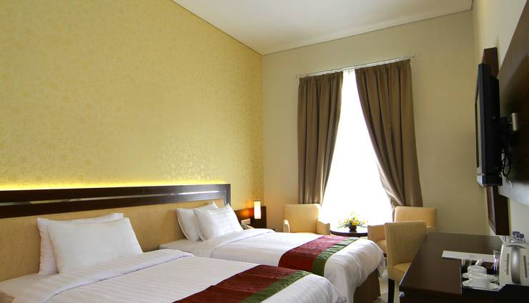 Gambir Anom Hotel & Villa  Solo - Twin Beds