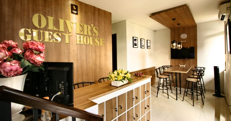 Oliver's Guest House Tangerang - Lobby