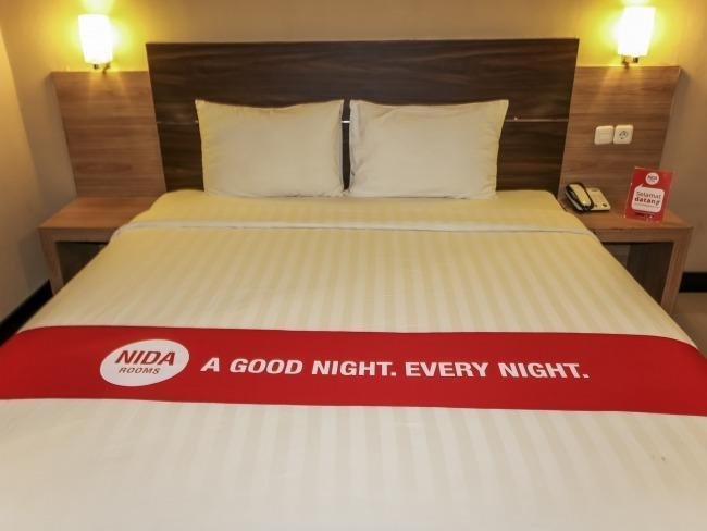NIDA Rooms Lembeh Place Makassar - Room