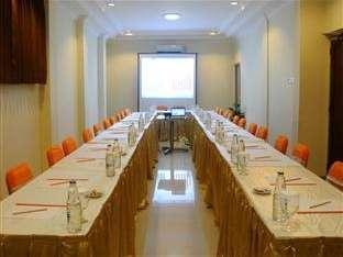 Hotel Aryuka Yogyakarta - Meeting Room