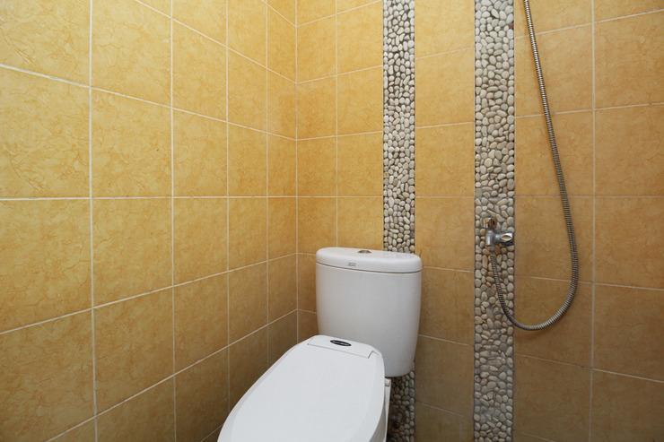 Airy Eco Syariah Pedurungan Purwomukti Raya 50 Semarang - Bathroom