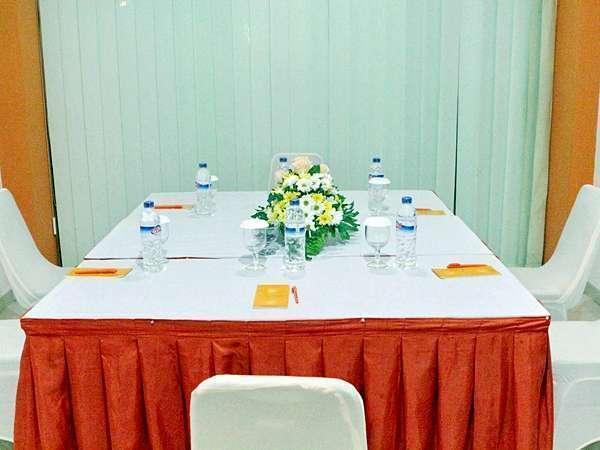 Hotel Jentra Malioboro - Ruang pertemuan walet