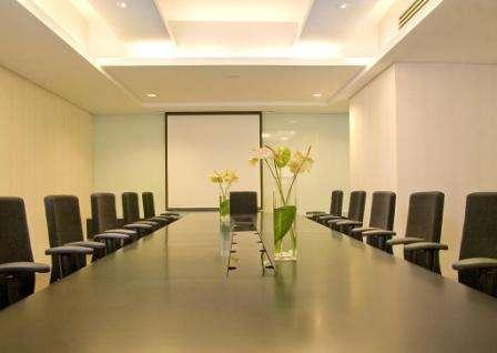 Hotel TS Suites Surabaya - Meeting Room