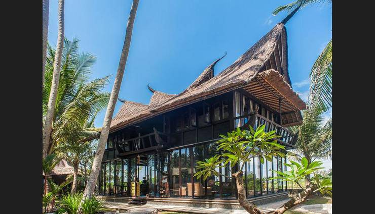 Most Exotic Beachfront Villa Keong Bali - Featured Image