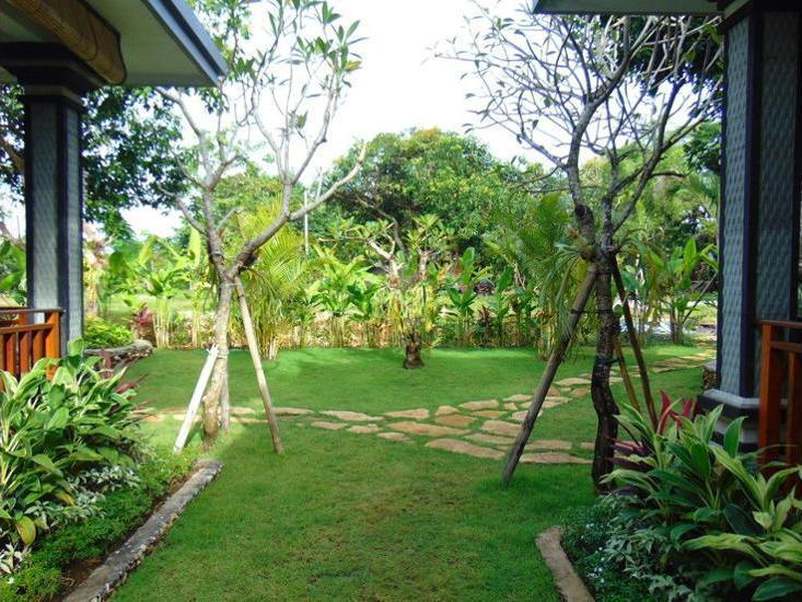 Arumanis Homestay Bali - Garden