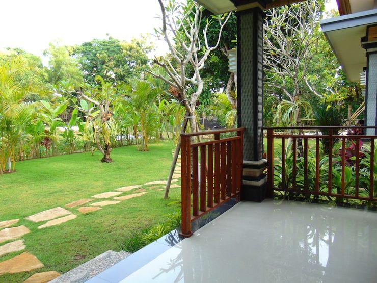 Arumanis Homestay Bali - Porch