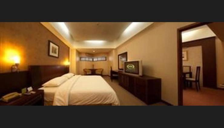 Hotel Asia Solo - Guestroom