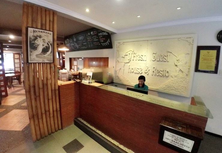 D'Fresh Guesthouse Malang - Featured Image