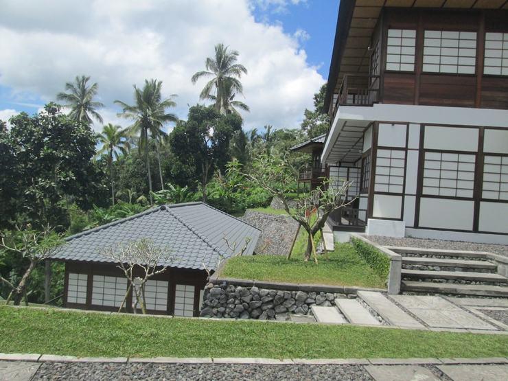 Suarapura Resort & Spa Bali - Interior Entrance