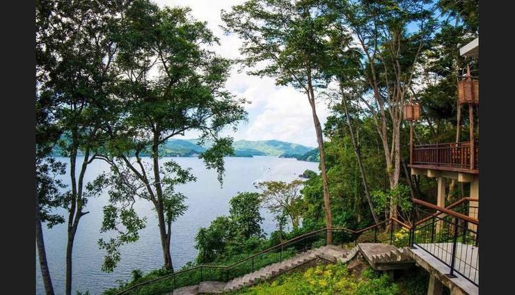 Dabirahe Dive, Spa and Leisure Resort Bitung - Terrace/Patio