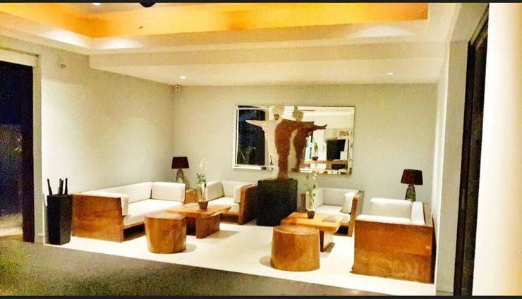 The Edge Bali - Lobby Sitting Area