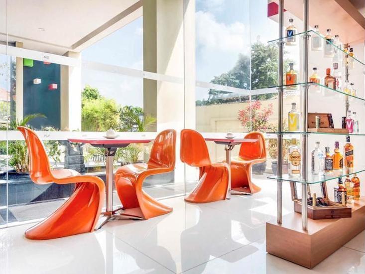 ibis Semarang Simpang Lima - Hotel Bar