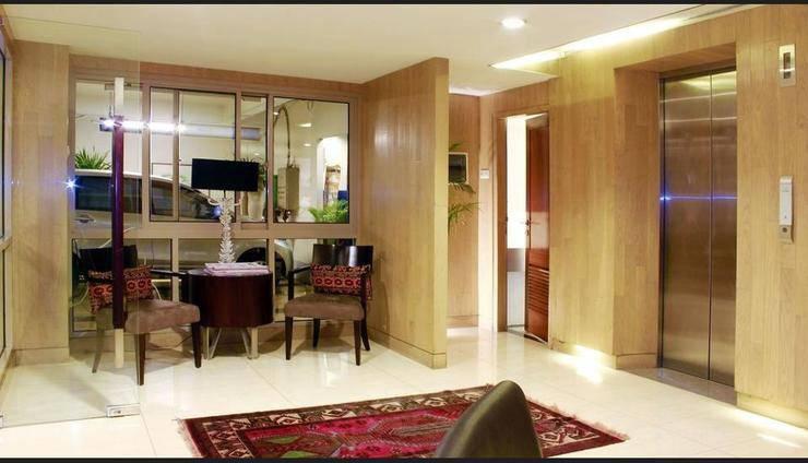 Harga Hotel W Home Senopati (Jakarta)