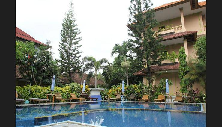 Lusa Hotel Bali - Outdoor Pool