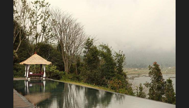 Puri Candikuning Bedugul - Outdoor Spa Tub