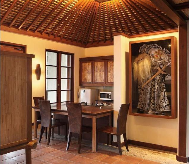 Puri Candikuning Bedugul - In-Room Dining