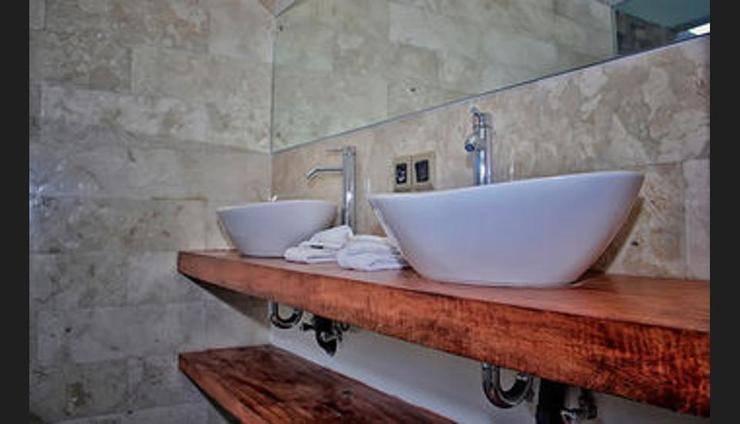Anusara Luxury Villas - Adults Only Bali - Bathroom Sink