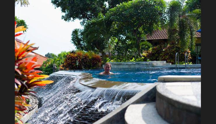 Puri Mangga Sea View Resort & Spa Bali - Pool Waterfall