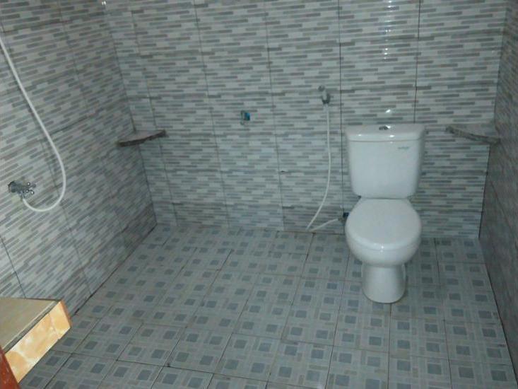 Gerald Homestay Lombok - Bathroom