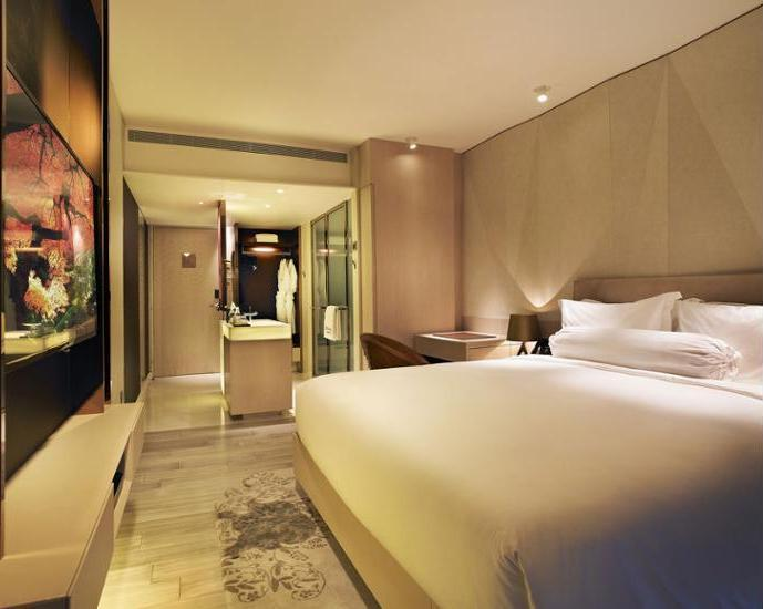 Naumi Hotel Singapore - Featured Image