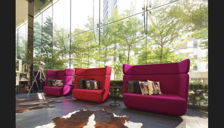 The Quincy Hotel Singapore - Lobby Sitting Area