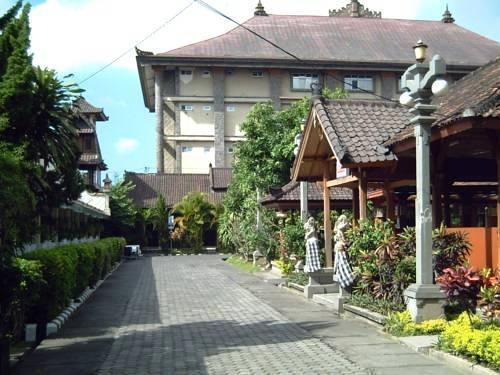 NIDA Rooms Yos Sudarso Badung - masuk