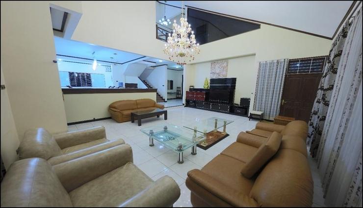 Batu View Villa Malang - interior