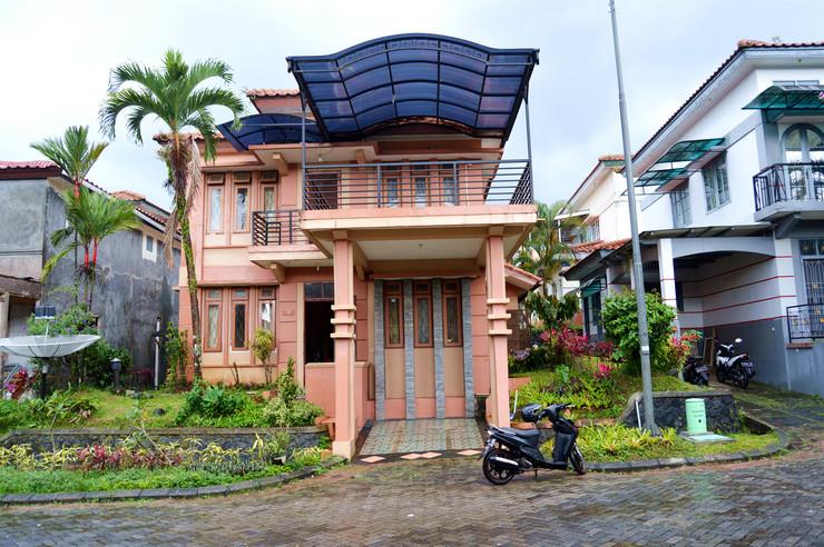 Villa Kota Bunga Type Francisco Premium Cianjur - Facade