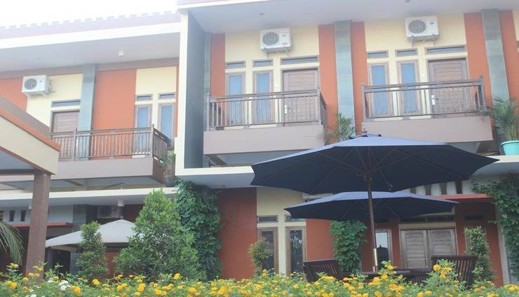 Allamanda Beach Hotel & Bungalow Pangandaran - Exterior